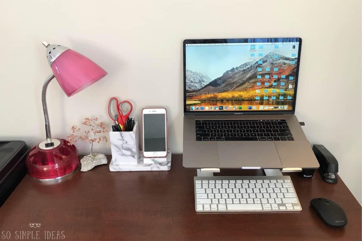 small desk organization