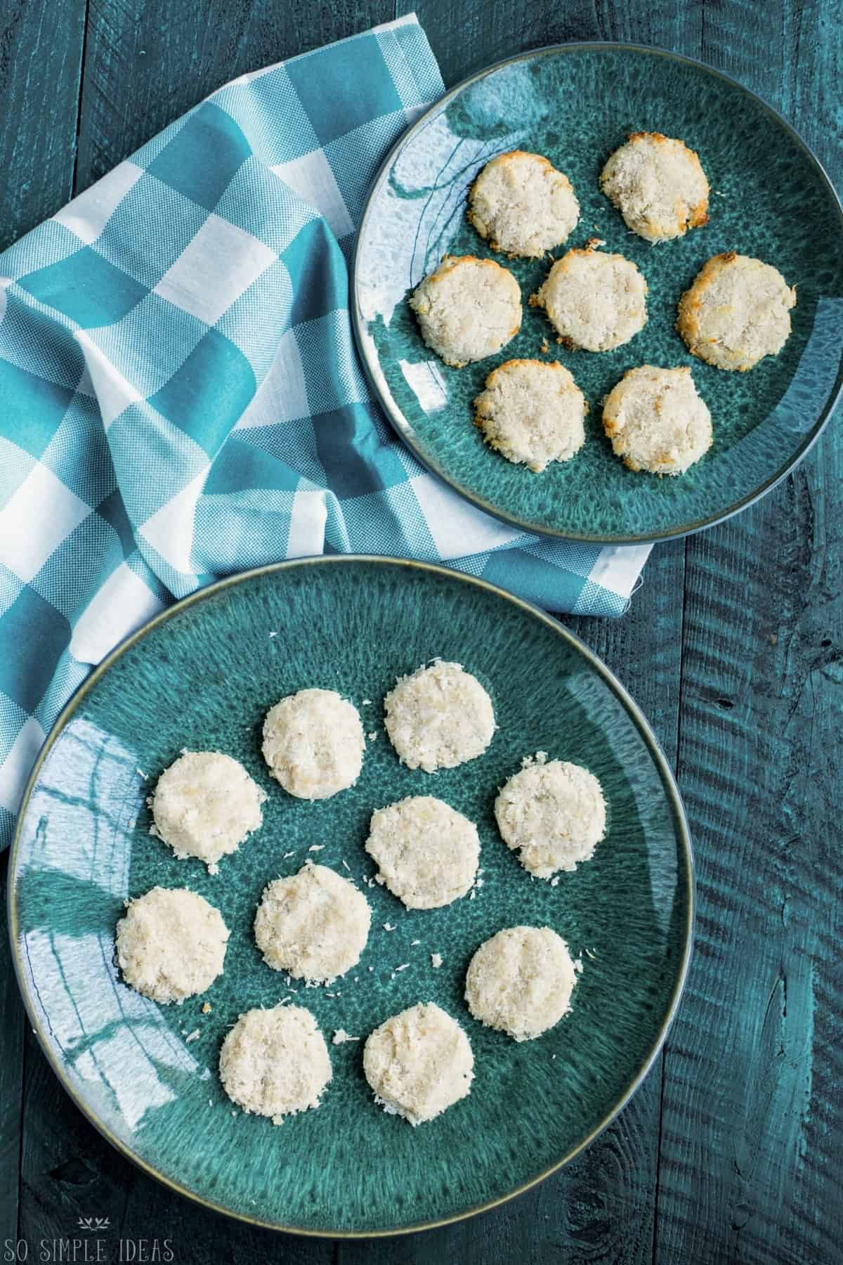 no bake and baked keto coconut cookies on green plates